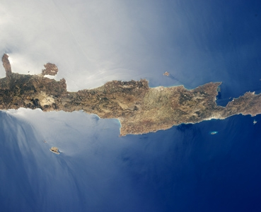 When Diversity Matters: Exploring Funerary Evidence in Middle Minoan III Crete